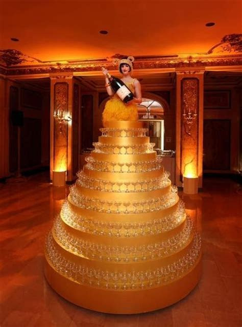 14 Breathtaking Champagne Towers ? Candy Cake Weddings