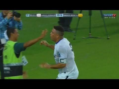 L' elastico del gordo. Ronaldo Friends vs Bebeto Friends