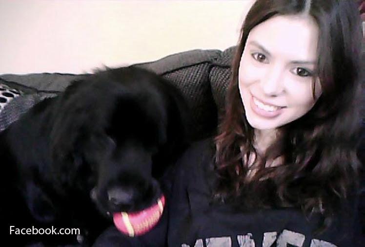 bethaney wallace en foto facebook con su perro