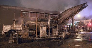 النيران اشتعلت بمحطة البنزين