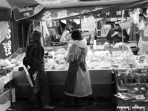 GXR_Tsukiji_09 (by euyoung)