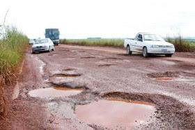 Resultado de imagem para estradas moçambicanas