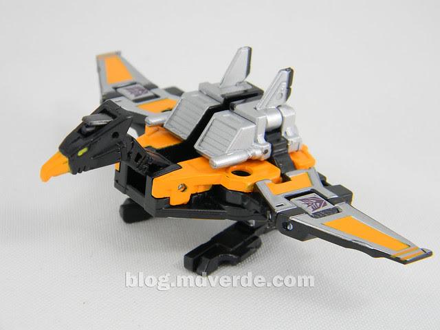Transformers Buzzsaw Masterpiece - modo robot