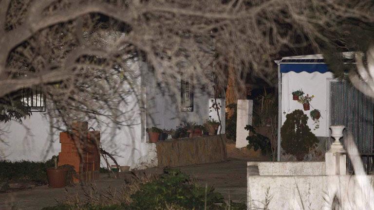 Luto en Almería por el asesinato de la bebé de 16 años