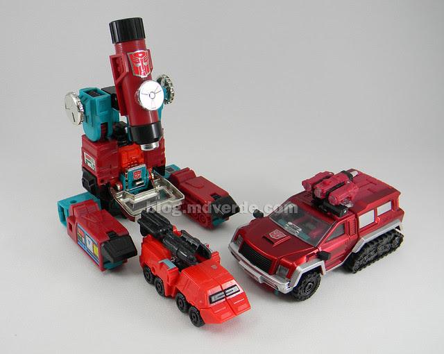 Transformers Perceptor United Deluxe - modo alterno vs G1 vs Classics