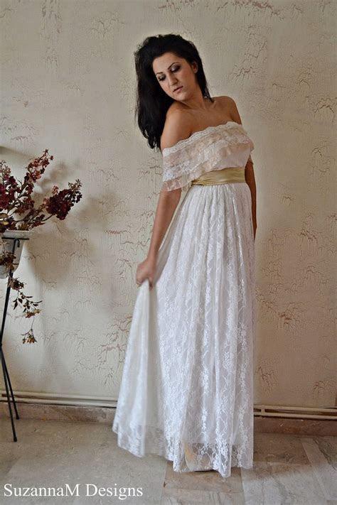 Wedding Dress Chantilly Lace Wedding Dress Airy Silk