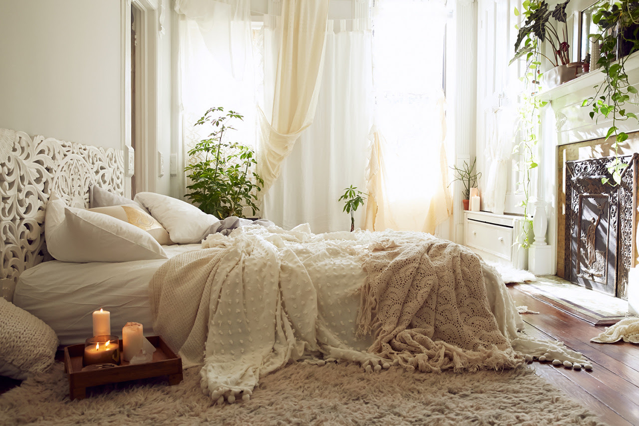Gravity Light Cozy Neutral Coloured Jade Urban Outfitters Bedroom