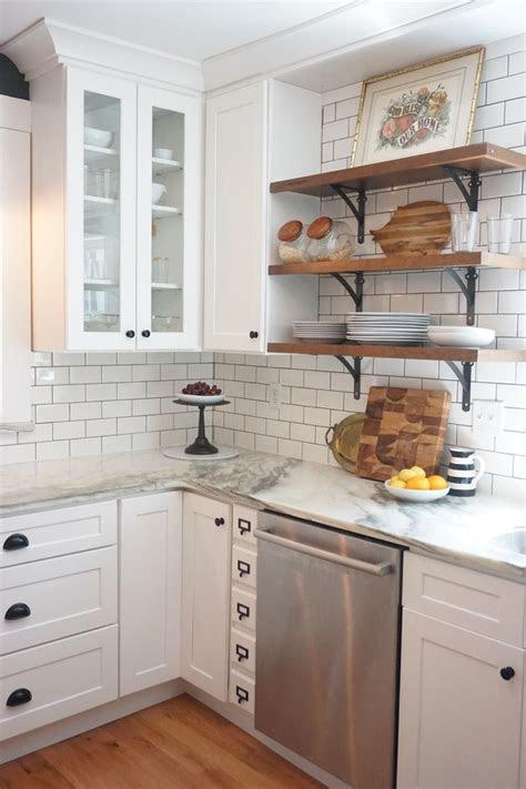 small kitchen renovations    kitchen