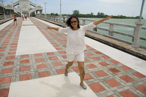 Fun on Sarasin Bridge