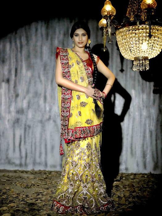 divya bhandari hot stills 15 Divya Bhandari Hot Stills