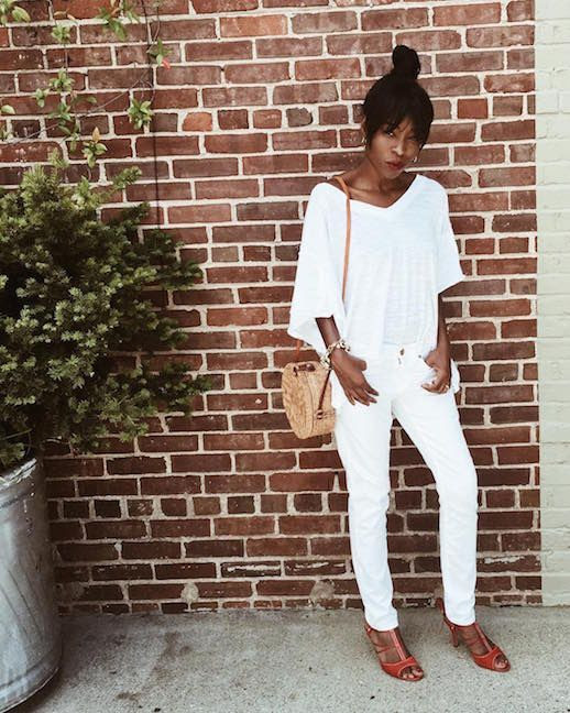 Le Fashion Blog All White Outfit White T Shirt Straight Leg Jeans Straw Circle Tote Red Heels Via @cortnemorgan