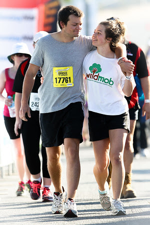 Happy Couple (Wildmob & 17761) - 2012 Sunday Mail Suncorp Bridge to Brisbane Fun Run; Sir Leo Hielscher Bridge (Gateway Bridge) to RNA Showgrounds. Camera 2. Photos by Des Thureson:  http://disci.smugmug.com.