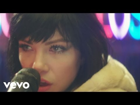 your type, il nuovo fondamentale video di carly rae jepsen