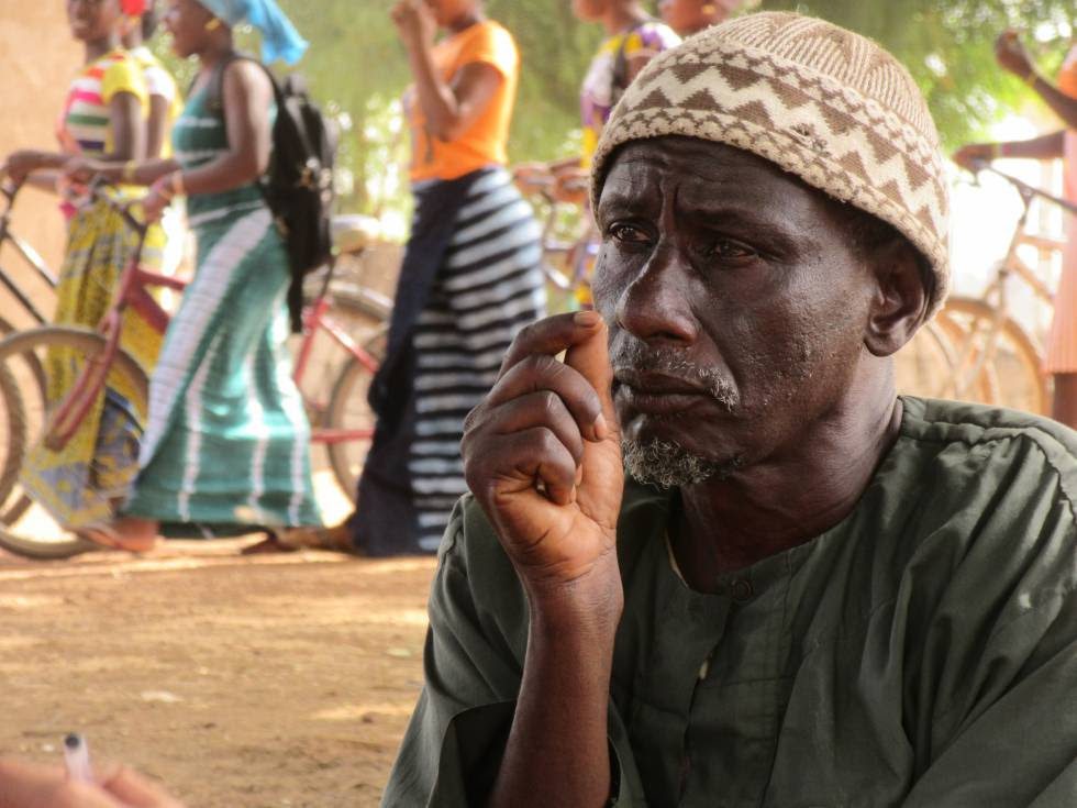 Abdoulaye Balde, vecino de Tankanton Escale, perdió a sus dos hijos en el Mediterráneo en menos de un año.