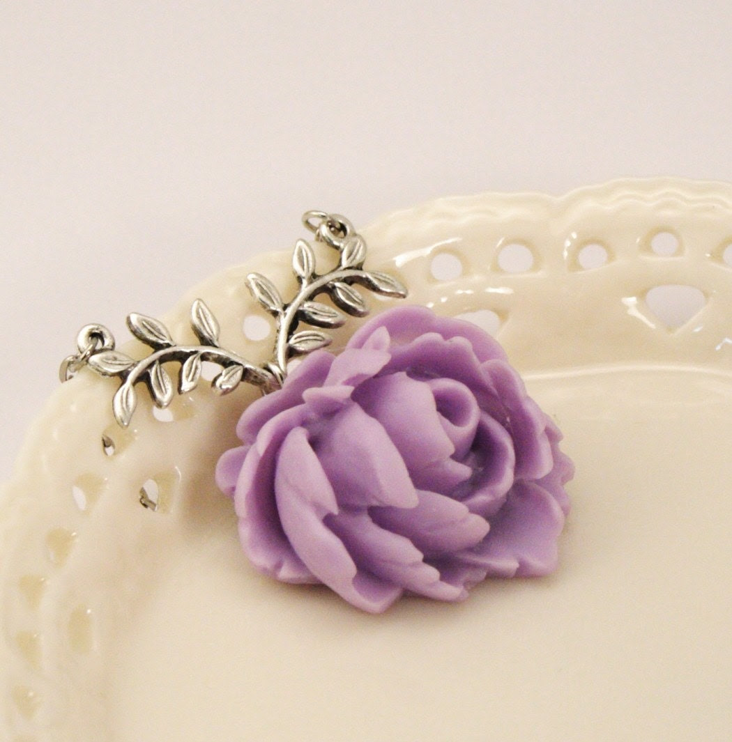 Madelaine Lilac Rose Necklace