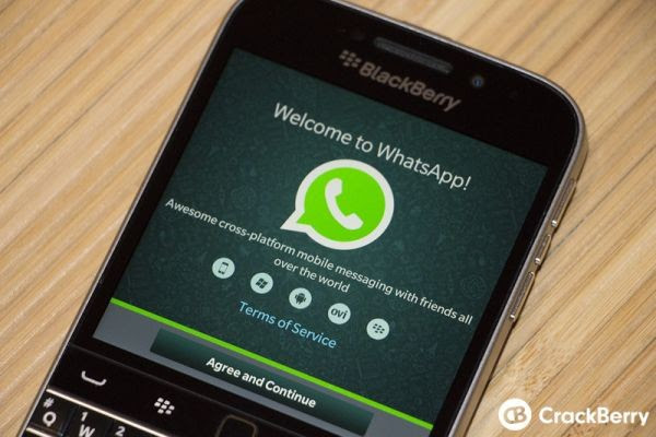 WhatsApp-BlackBerry-Classic-Screenshot