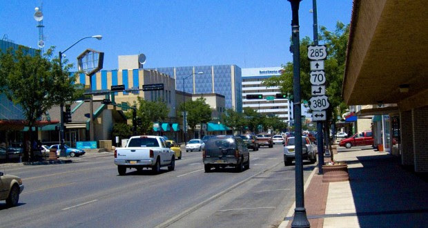 The object was only about 50-60 feet off the ground when it stopped in mid flight, about 40 feet to the north of the road, hovered up about 20 feet and then it lowered itself to about 25 feet off the ground and just hung there. Pictured: Downtown Roswell, NM. (Credit: Wikimedia Commons)