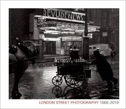 link to Museum of London's blog about street photography show