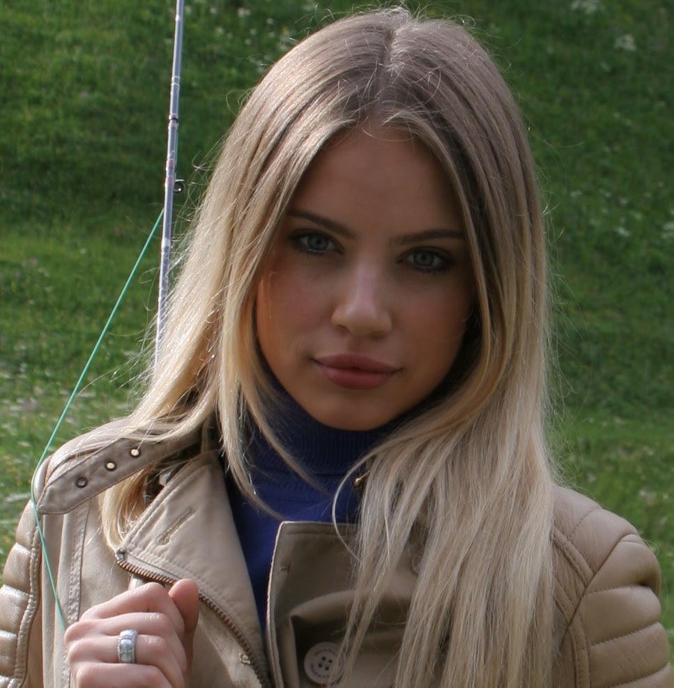 File:Xenia Tchoumitcheva 4 (cropped).jpg