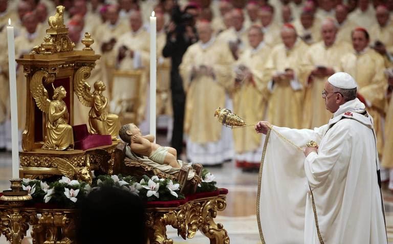 Resultado de imagem para Pope incense Jesus child