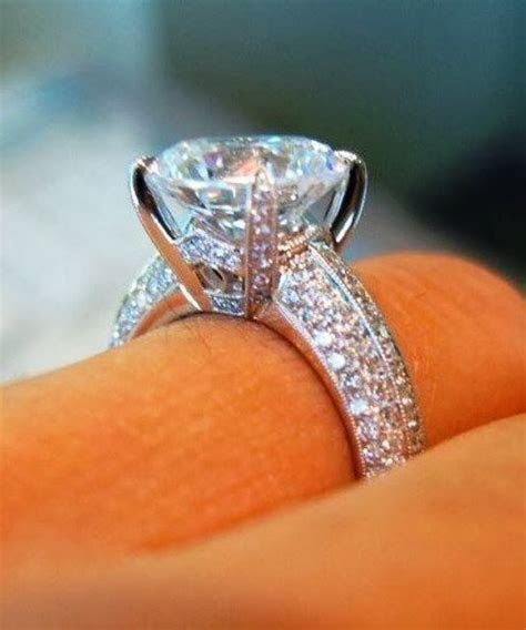 Adorable gorgeous diamond engagement ring   Bling