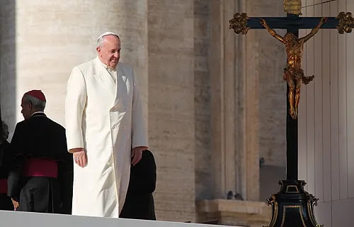 Pope Francis greets pilgrims in St. Peter's Square before the Wednesday general audience Dec. 4, 2013. Credit: Kyle Burkhart/CNA.