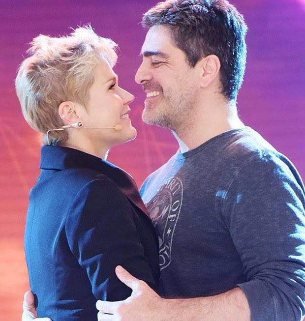 O casal é puro romance (Foto: Reprodução)