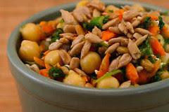 carrotparsleychickepeasalad