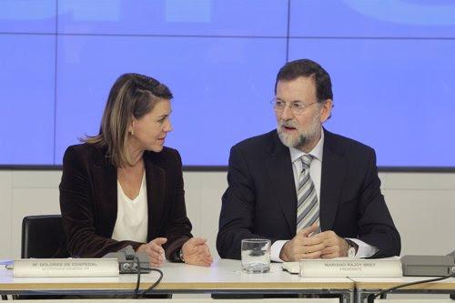 Rajoy Reunión Con Barones. Cospedal