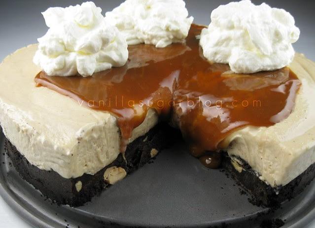 peanut butter cream pie w/ milk chocolate-cookie crust