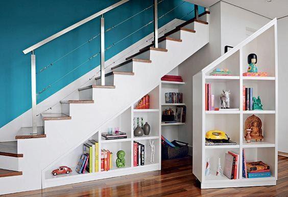 Armario debajo de escalera
