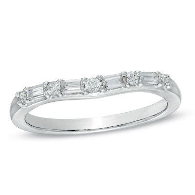 1/4 CT. T.W. Baguette and Round Diamond Alternating
