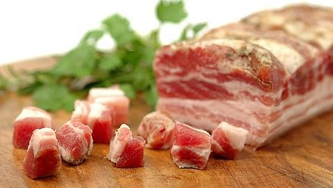 Un estudio confirma el riesgo cardiaco de las carnes rojas procesadas en hombres