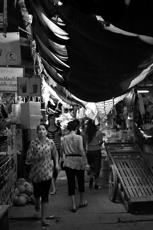 VTE Market BnW IMG_0501-w
