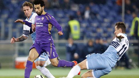 Salah (áo tím) sẽ lại xuyên thủng mành lưới Milan để khẳng định tài năng