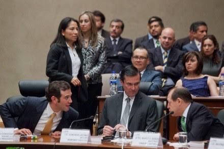 Lorenzo Córdova, Edmundo Jacobo y Marco Antonio Baños, durante una de las sesiones en el INE. Foto: Octavio Gómez