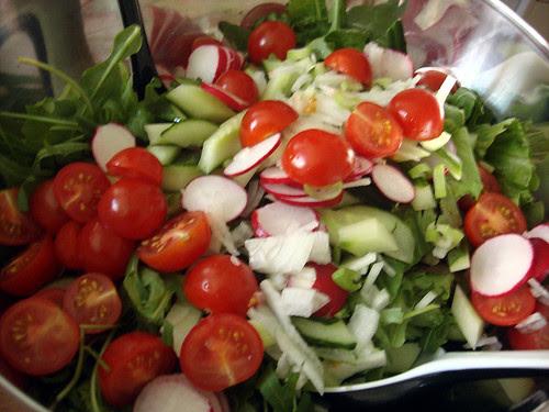 gemischter Salat gerüstet