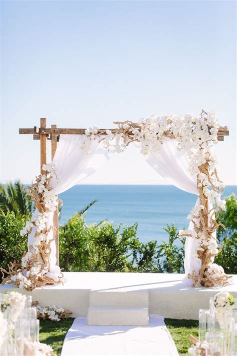 Best 25  Beach ceremony ideas on Pinterest   Beach