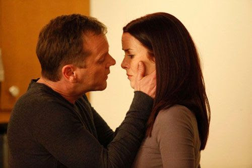 Jack Bauer and Renee Walker share a moment on '24'.