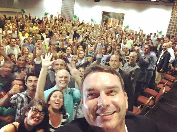 Foto: @FlavioBolsonaro via Twitter