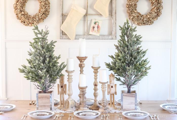 The Best Christmas Farmhouse Decor on Amazon ~ Hallstrom Home