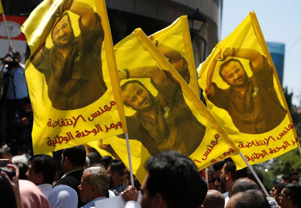 Acto en apoyo de la huelga de presos palestinos, con imágenes de Marwan Barguti, en Ramala.