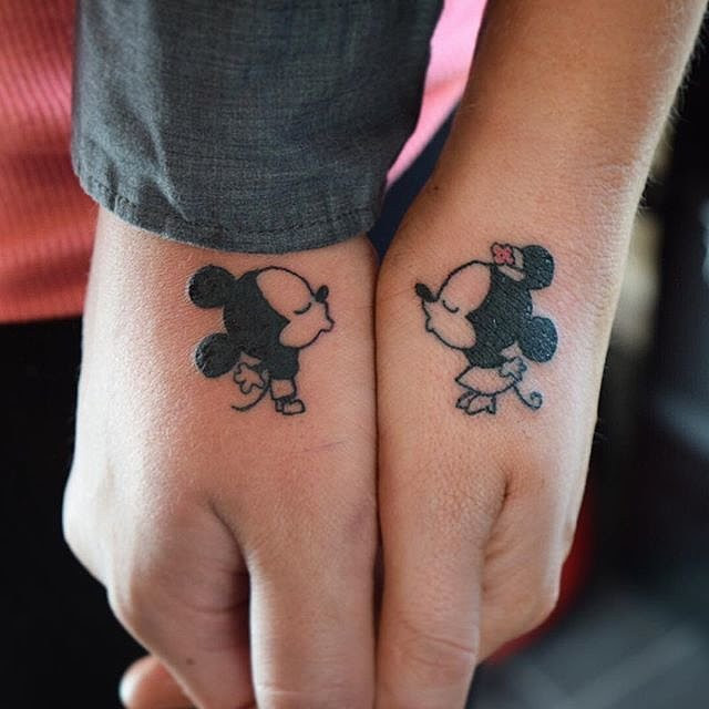Pictures Of Mickey Mouse And Minnie Mouse Kissing Tattoo Rock Cafe