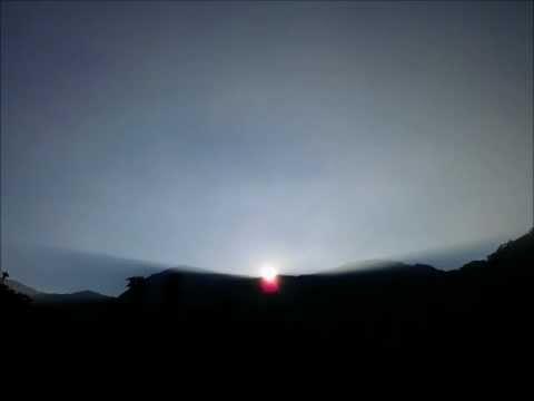 嘉義竹崎 - 頂笨仔露營區 - 坐在帳棚內就可欣賞日出的光影變化