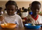 Alimento para estómagos y cerebros en N'Zikro