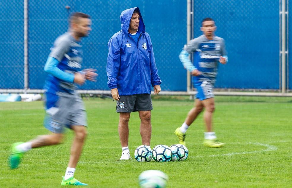 Renato espera melhor nível do time para domingo (Foto: Lucas Uebel/Grêmio)