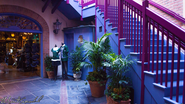 Disneyland Resort, Disneyland, New Orleans Square, Royal, Courtyard
