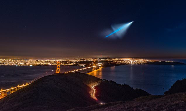 Abe Blair captures pictures of Trident missile streaking over San Francisco