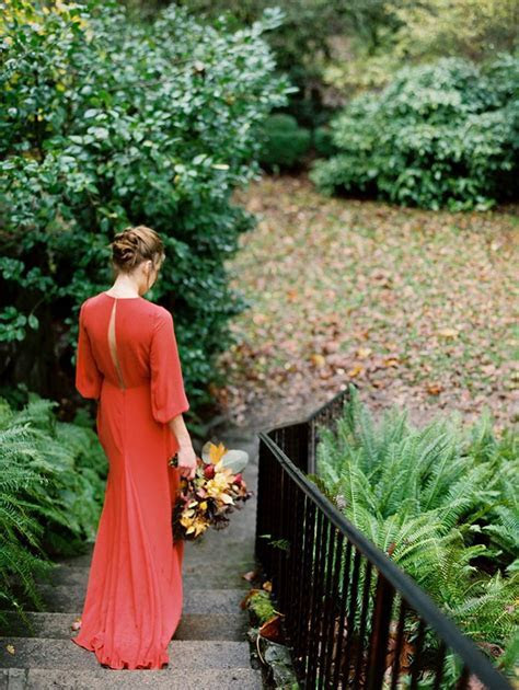 Outdoor Fall Wedding Inspiration   Once Wed   Sleeve