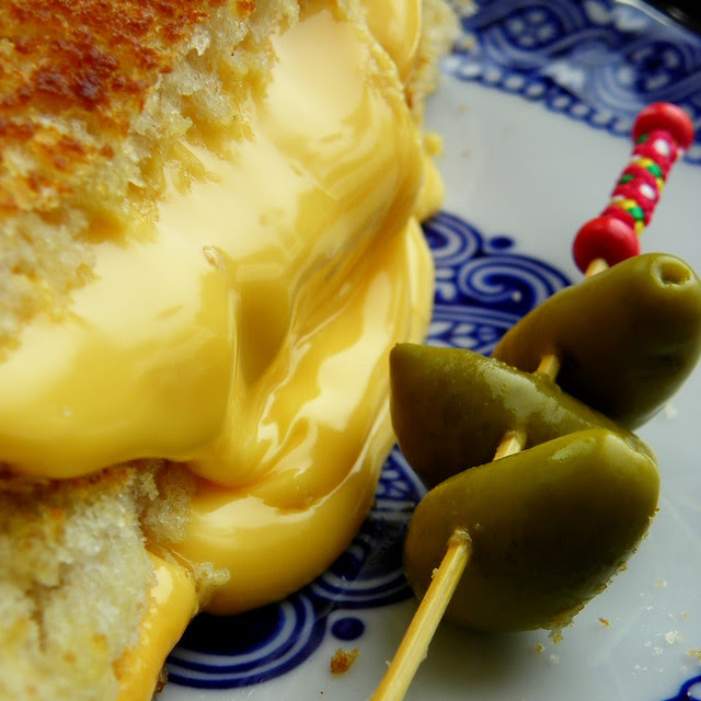 The All American Classic: Grilled Cheese
